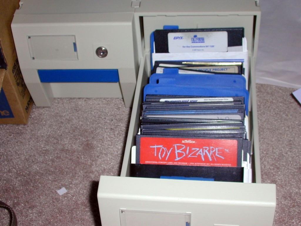 C64Disks-1024x768